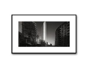 #16120213, Grattacielo Pirelli visto da via Pirelli, Milano, 2016, image 40x80 cm, cotton paper