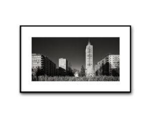 17010102, Piazza della Repubblica, Milano, 2017, image 40x80 cm, cotton paper